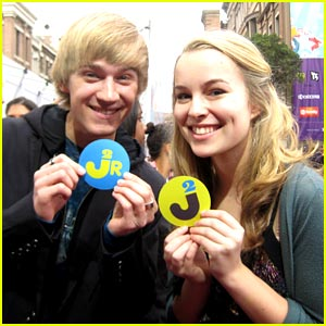 Bridgit Mendler & Jason Dolley: Traditions Twosome