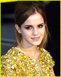 Emma Watson Spends Thanksgiving in Jamaica
