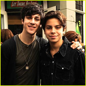 Jake T. Austin & David Henrie: Power of Youth Pals