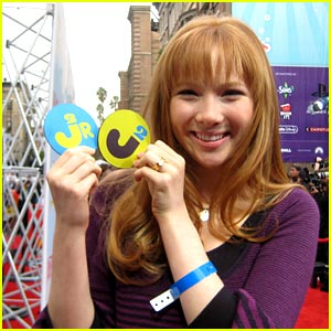 Molly Quinn is Tom's Shoes True