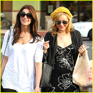 Ashley Greene is a Grocery Girl