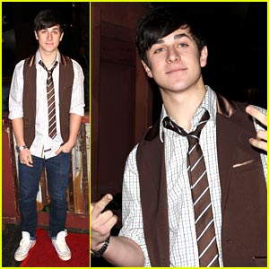 David Henrie Supports We.The.Children.