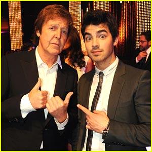 Joe Jonas Spots Paul McCartney!