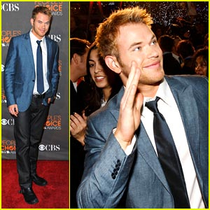 Kellan Lutz: Twilight Wins Big at People's Choice Awards 2010