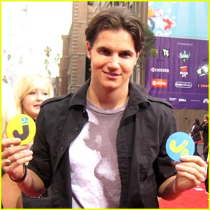 Robbie Amell: Scooby Doo 2 is Green Lit!