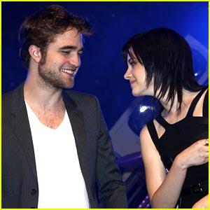 Robert Pattinson & Kristen Stewart: Ventnor Lovers
