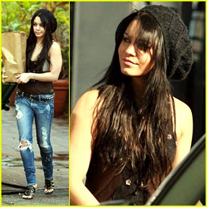 Vanessa Hudgens: Black Beanie Beauty