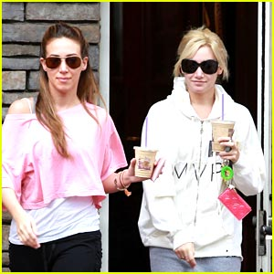 Ashley Tisdale & Haylie Duff are Coffee Cute