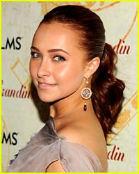 Hayden Panettiere Dishes on Valentine's Day