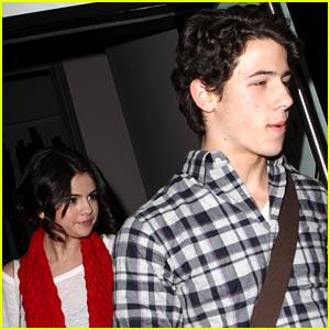 Nick Jonas & Selena Gomez: Dinner Date Duo