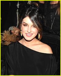 Shenae Grimes Checks Out Rebecca Taylor