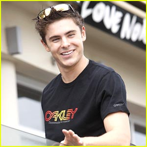 Zac Efron Really Wants to be Spider-Man