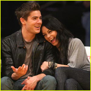 Zac Efron & Vanessa Hudgens Love Their Lakers