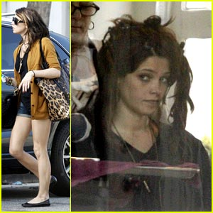 Ashley Greene: Hair Salon Hottie