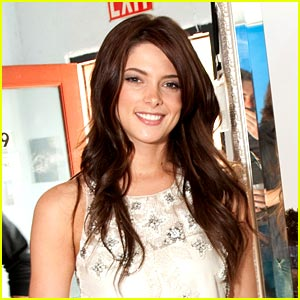 Ashley Greene Will Never Nix Nudity
