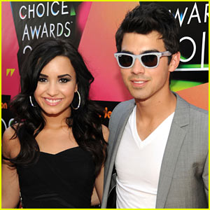 Joe Jonas & Demi Lovato - Kids Choice Awards 2010!!!