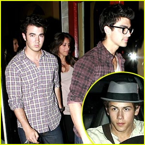 The Jonas Brothers Munch at Osteria Mamma