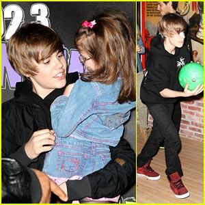 Justin Bieber Bowls A Lucky Strike