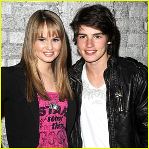 Debby Ryan & Gregg Sulkin: Couple Up?!
