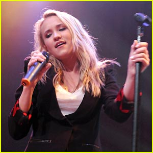 Emily Osment: House of Blues Harmonious