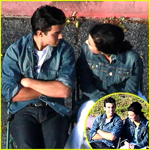 Joe Jonas & Demi Lovato: Shoot & Sweet