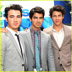 The Jonas Brothers: Oceans Outstanding