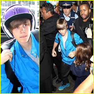 Justin Bieber Arrives In Auckland; Chaos Ensues