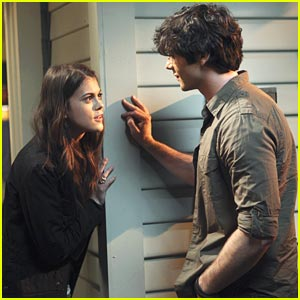 Lindsey Shaw and Ethan Peck Have Great Expectations