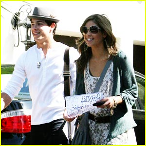Nick Jonas & Nicole Anderson are In It To Win It