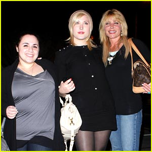 Nikki Blonsky &#038; Hayley Hasselhoff: Madeo Mates