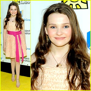 Abigail Breslin: Sunshine Project Pretty