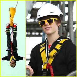 Justin Bieber: Beverly Center Solstice Sunglass Stud