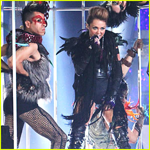 Miley Cyrus: 'Can't Be Tamed' Performance Pics!
