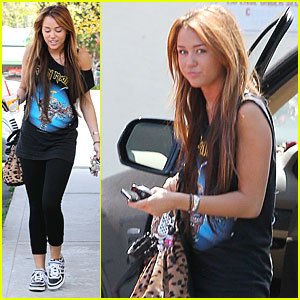 Miley Cyrus: Leopard Print Lovely