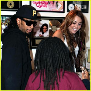 Miley Cyrus & Lil Jon: Can't Be Tamed Remix Preview!