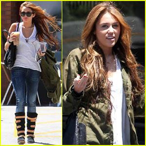 Miley Cyrus: MANDY JIROUX REUNION!