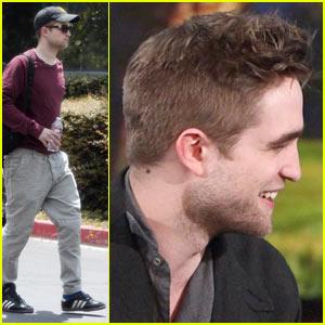 Robert Pattinson Gets Head Lice, Shaves Head!