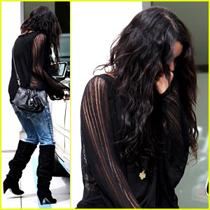 Vanessa Hudgens: Handicap Parking Hogger?