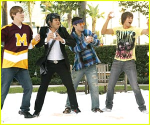 Big Time Rush: Snowball Fight!