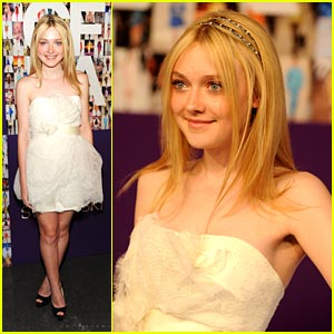 Dakota Fanning -- CFDA Awards 2010