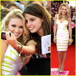 Emily Osment: Vivacious at the 2010 MuchMusic Video Awards!