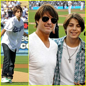 Jake T. Austin & Tom Cruise: Dodgers Dudes!