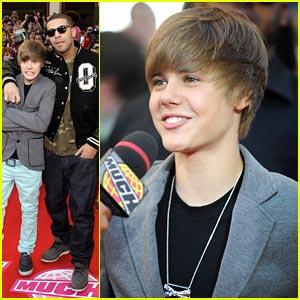 Justin Bieber Wins Big at MMVAs 2010