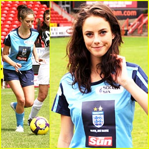 Kaya Scodelario: Soccer Starlet!