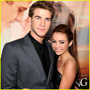 Miley Cyrus & Liam Hemsworth: Still Together!
