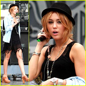 Miley Cyrus is Rehearsal Ready