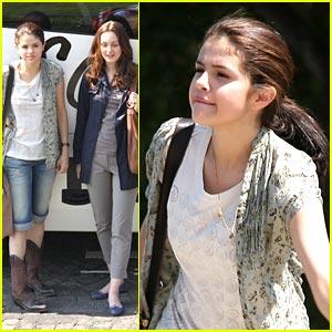 Selena, Leighton & Katie: Basilica Beauties