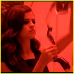 Selena Gomez & The Scene: Round and Round Music Video!