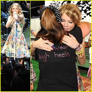 Taylor Swift: 13 Hours Fan Fest!