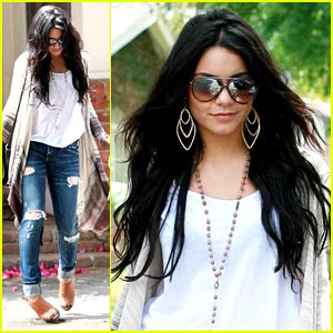 Vanessa Hudgens Twists Her Ankle!